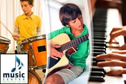 ¡Libera el artista que llevas dentro! Paga RD$475 en vez de RD$3,000 por Inscripción + Mes de clases personales de Guitarra eléctrica o clásica, Piano clásico o popular, Batería,  Saxofón, Canto, Violín o Flauta en Music Center.
