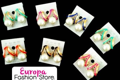 Â¡Luce Grandiosa con estas  Argollas de Colores!  Aprovecha y paga RD$210 en vez de RD$450 en Europa Fashion Store.