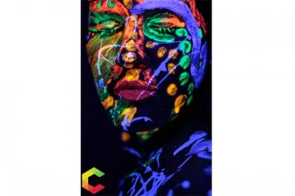 ¡Brilla como luces de NE�N! Paga RD$6,000 en vez de RD$12,000 por Sesión de fotos en NEON BODY PAINT (8 fotos editadas + 1 Poster 11x14 + 3 fotos 5x7) en Cuvic Photography and Design.
