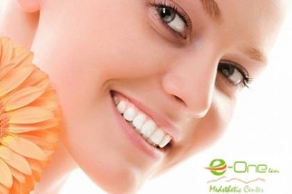 ¡Luce un Rostro Hidratado y Hermoso! Paga RD$390 en vez de RD$3,900 por Limpieza Facial + Extracción + Microdermoabrasión + Peeling enzimático en cara, cuello y escote + Ampolla Blanqueadora + Mascarilla de Seda + Purificador + Alta frecuencia + Hidratación de Rosa de Mosqueta o Argan + Ampolla de Retinol + Ampolla de Vitamina Q10 y Antioxidante en el Centro E-One Sthetic Center.