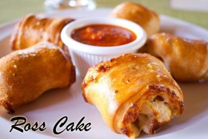 Â¡Comparte esta deliciosa Picadera! Paga RD$950 en vez de RD$3,500 por 15 Minihamburgues + 15 Rollitos de Pimientos + 15 Empanaditas de Queso Crema y Puerro + 15 Rollitos de Pepperoni + 15 Pizzitas + 15 Kipes + 12 Mini Cupcakes de Vainilla en Ross Cake.