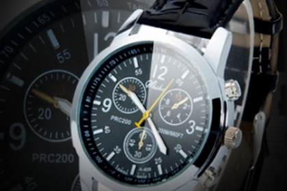Â¡Dando la Hora con Estilo! Paga RD$525 en vez de RD$1,400 por Reloj de Hombre Quartz de Leather y Stainless-Steel Alloy en Brand Accesories.