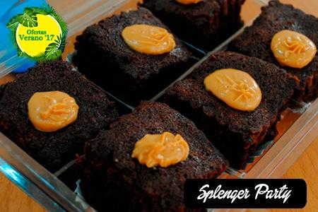 ¡Deliciosos hasta la última mordida! Paga RD$85 en vez de RD$170 por 6 Unidades de Mini Brownies con Triple Chocolate + Topping de Dulce de Leche en Splenger Party.