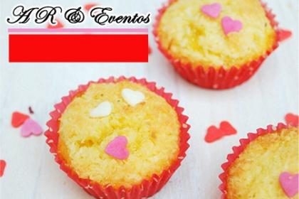 ¡Dulces Para Regalar en San Valentín! Aprovecha y Paga RD$195 en vez de RD$430 por 10 unidades de dulces a elegir entre: Polvorones, Mini Brownies, Tartaletas de frutas, Bombones de almendra, Galletas de frutas, Besitos de coco + Caja decorada para regalar en en AR & Eventos.