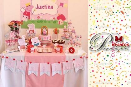 ¡Un toque diferente a tu fiesta de cumpleaños! Paga RD$4,150 en vez de RD$8,500 por 15 Carteritas o mochilitas para dulces + 15 Invitaciones + 1 Guirnalda con nombre + 1 Marco para fotografiarse personalizado + 30 Topes de cupcakes en Eventos Personalizados.