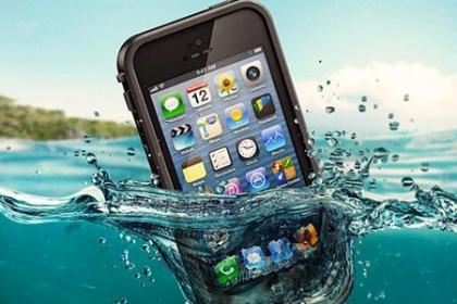 ¡Navega sin preocupación con tu iPhone! Aprovecha y Paga  RD$850 en vez de RD$2,500 por Lifeproof para iPhone 5/5s en Brand Accesories.