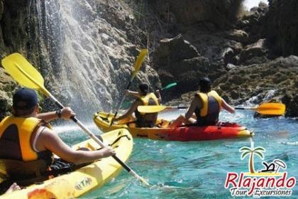 ¡Day Pass en Cumayasa! Paga RD$2,600 en vez de RD$5,560 por Aventura en Cumayasa que incluye: Transporte ida y vuelta + Paseo en Buggies + Visita a la Mina de Caliche + Parada frente al Mar Caribe + Tiempo Libre en Pisicina Natural + Paseo en Canoas + Almuerzo Buffet y mucho más en Rlajando Tour y Excursiones.