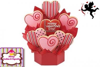 ¡El regalo ideal! Paga RD$425 en vez de RD$850 por Arreglo con 8 galletas + Base y decoración en Money Cookies and Cupcakes.