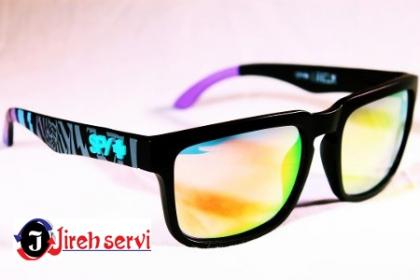 Â¡Ultima tendencia! Paga RD$155 en vez de RD$785 por Lentes de Sol Spy, varios colores disponibles en Jireh Style.