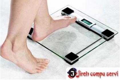 ¡Controla tu Peso! Paga RD$799 en vez de RD$2,100 por Pesa Digital de Cristal Transparente en Jireh Compu Servi. ¡Válido hasta agotar!